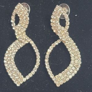Large rhinestone hanging teardrop shape earrings